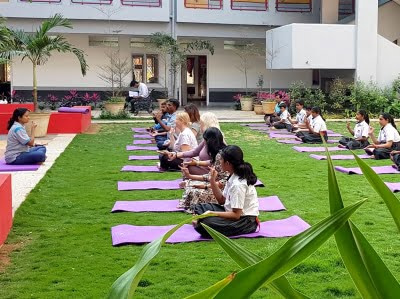 Yoga at Silver Oaks